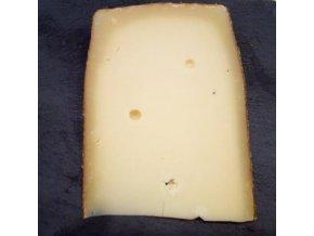 lahodný sýr, med a jetel, sýr s medem a jetelem, SÝROVÉ DÁRKY, DOBRÝ DÁREK, VÝBORNÝ DÁREK, kravský sýr, sýrárna, sýrárna Mikulov