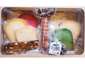 dárkové balení delikates, dobroty v krabici, mikulov, sýrárna, pálava, mlsná myš, sýrárna Mikulov, nejlepší dárek, dárek pro muže