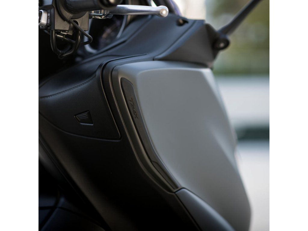 B3T F1980 00 00 SCRATCH FAIRING PROTECTOR Detail 001 Tablet