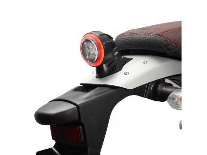 YME FYTL1 00 00 VINTECH TAIL LIGHT Studio 001 Tablet