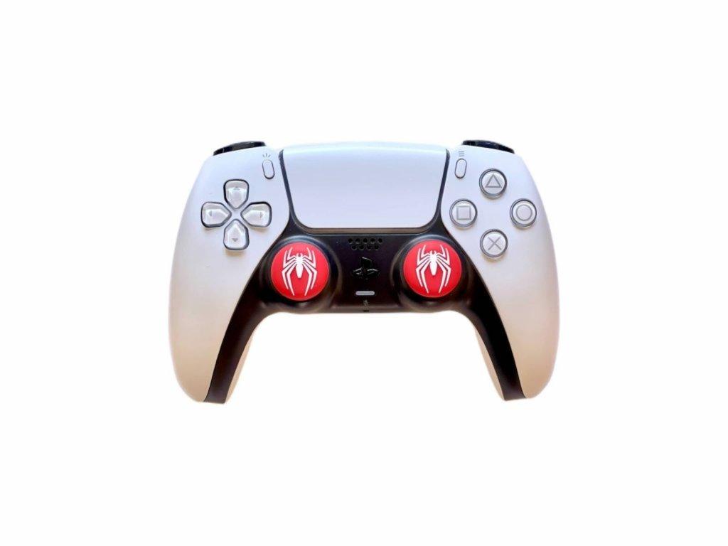 Spider-Man pavouk návleky na páčky k PS5/PS4/PS3 (thumb grip caps) 2 ks