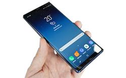 Samsung představil Galaxy Note 8 a tady jsou jeho klíčové taháky!