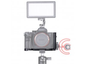 515 L destička, poloviční klec, rig, na kameru A7III 10