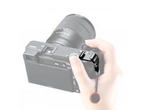 Přídavné sáňky blesku pro Sony A6600 na stranu mimo monitor 2