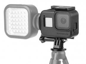 Plastový rámeček, klec pro GoPro Hero 8 s bočními sáňkami pro světlo 1
