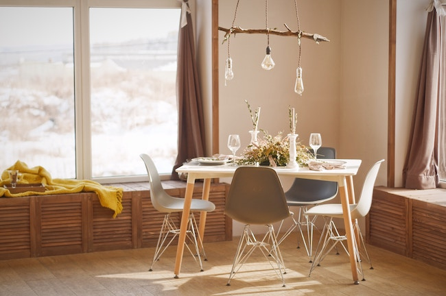 Jídelní stoly – jak vybrat ten správný?