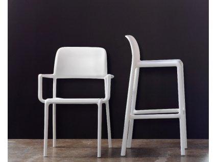Židle s područkami Riva