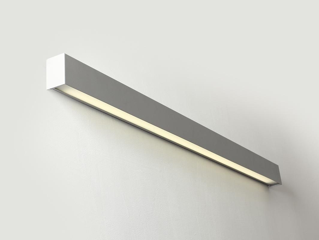 Lampa nástěnná LINE WALL LED L - stříbrná