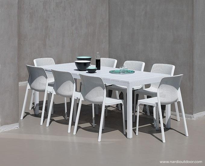 Sada stůl RIO 140 8 židlí bit: grafitový rám, antracitová deska