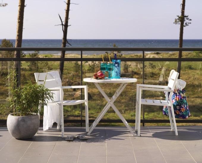 Hliníkový guľatý rozkladací stolík Albi: biely