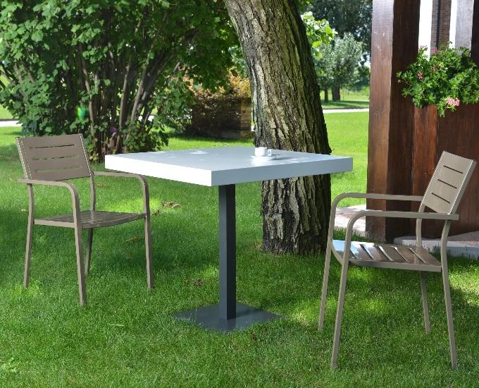 Kovové stoličky s opierkami Dorio: rd biela