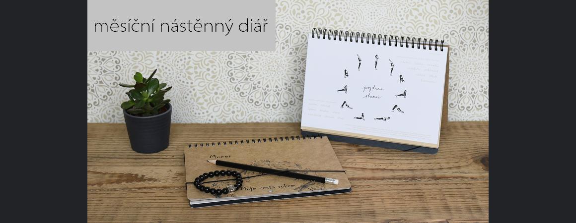 diář - nástěnný kalendář, rodinný plánovač, stolní měsíční diář