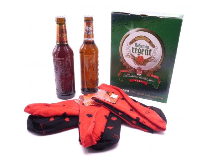 Dárkové balení 2 piva a troje ponožky Srdce