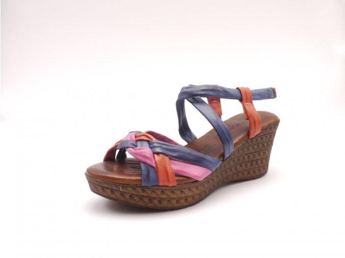 Sandálky na klínku 290