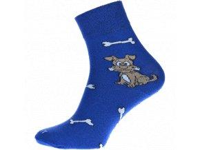 pes modre ponozky