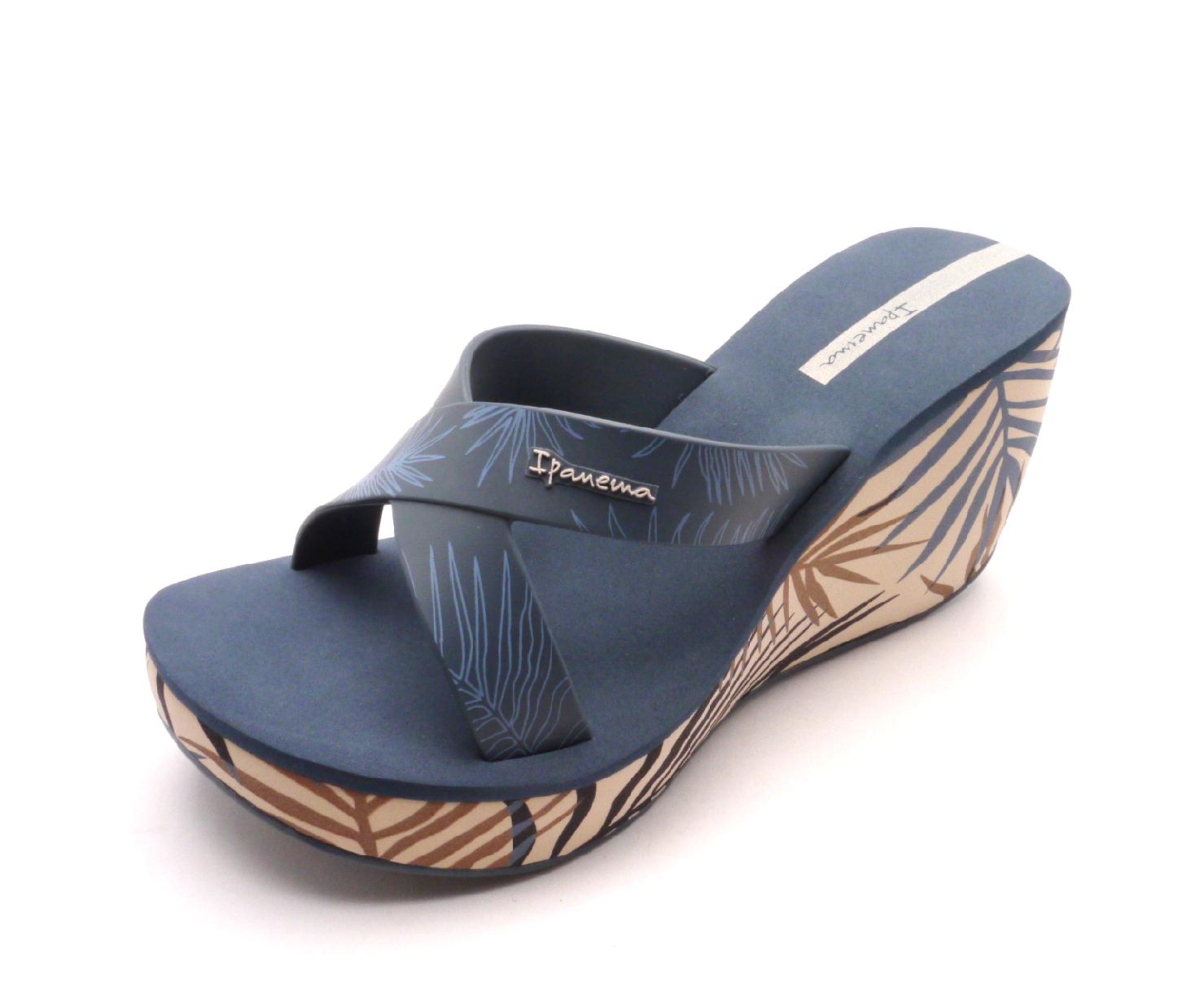 e13f3e921c2 Dámské pantofle Ipanema Lipstick 81934 Velikost  40