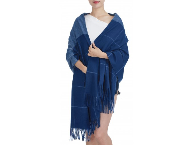 Dámská zimní šála s třásněmi modrá GIL 20610 ModexaStyl (2)