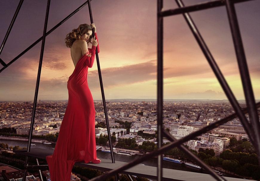 Červené plesové šaty 2020, které si zamilujete.
