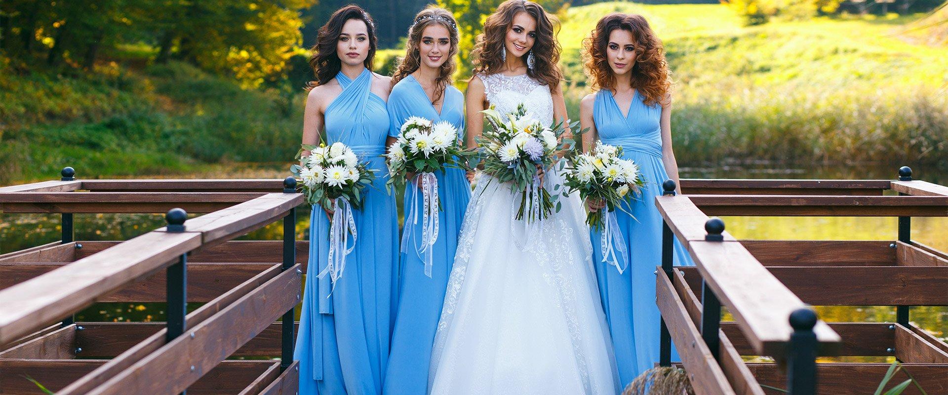 šaty pro družičky na svatbu