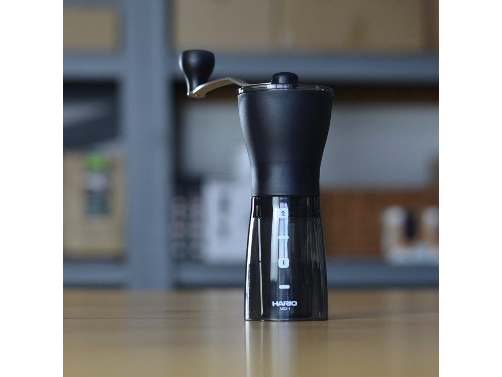Hario Mini Plus Slim - ruční mlýnek na kávu