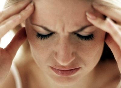 CBD a migréna: Co na to věda?