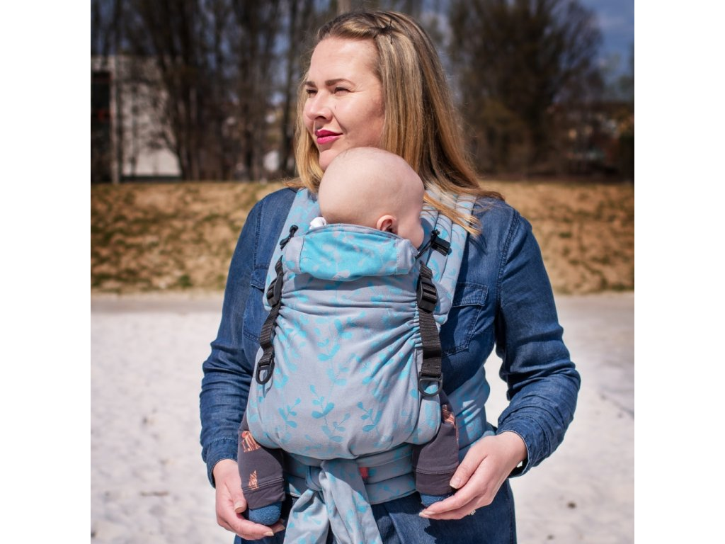 Moisha HuGo Herbejo Silver Azure novorozenecké nositko1