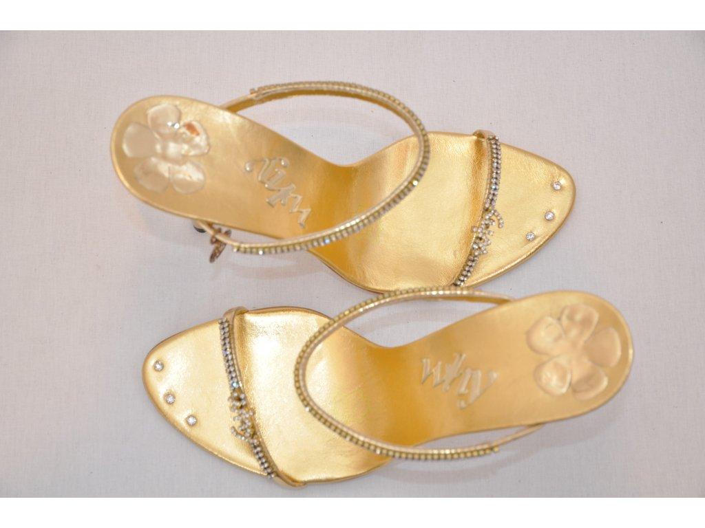 616d2c922510 Luxusné zlaté sandálky Luxusné zlaté sandálky Luxusné zlaté sandálky