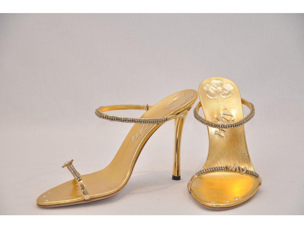 c978864e085a Luxusné zlaté sandálky - MojaKabelka.sk