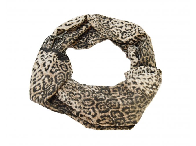 Šál s moderným leopardím vzorom