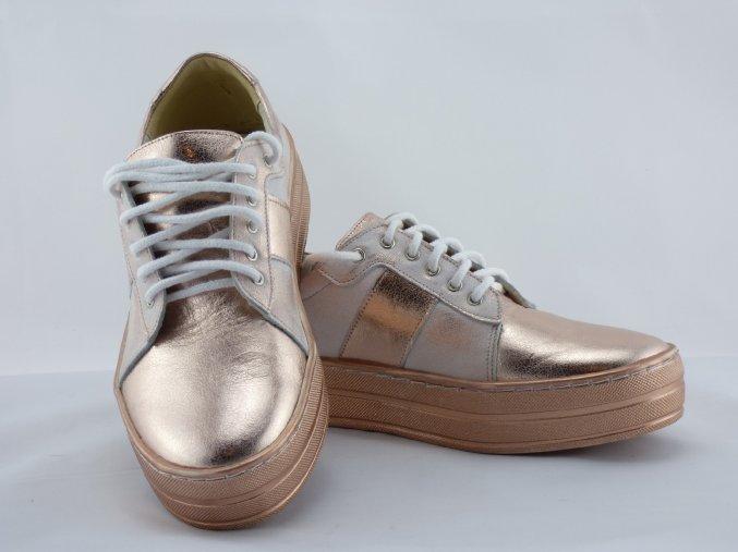 Dámske kožené topánky na platforme ružové