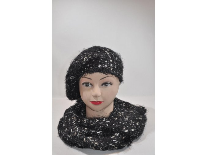 Čierna súprava čiapka + šál