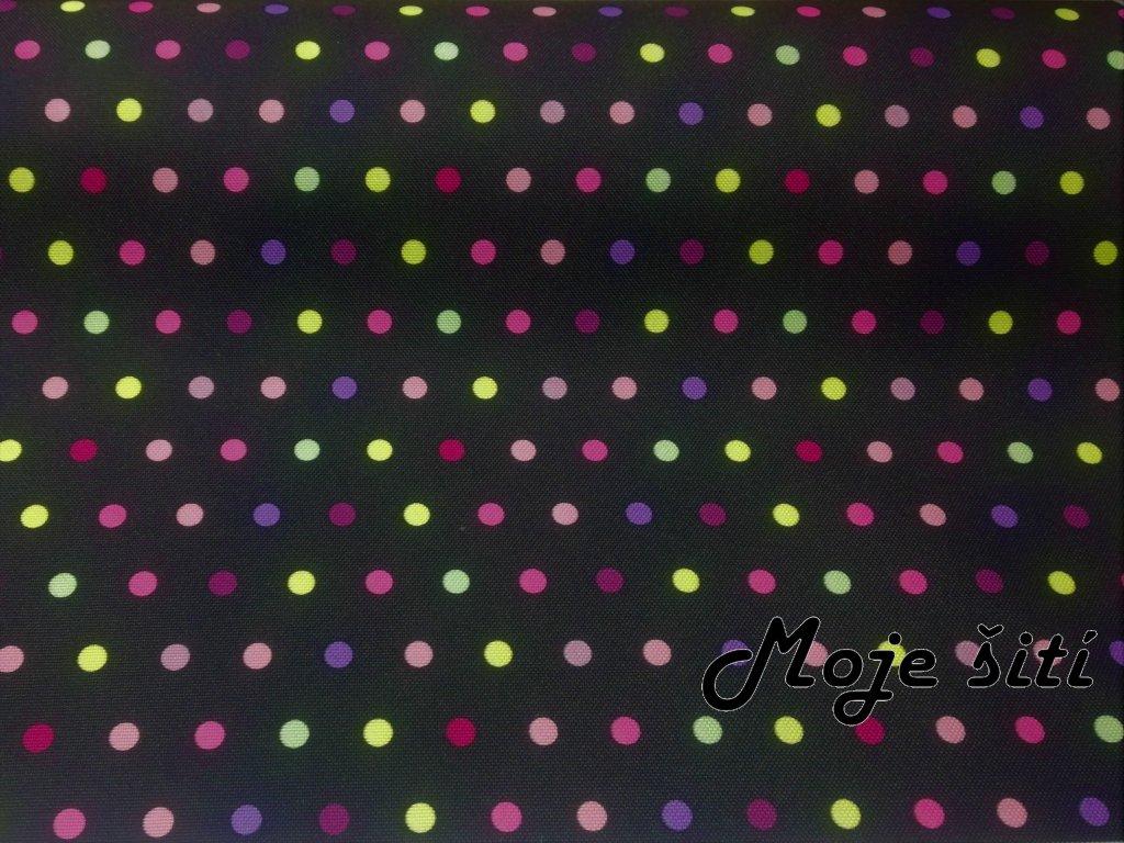 neon růžové puntíky