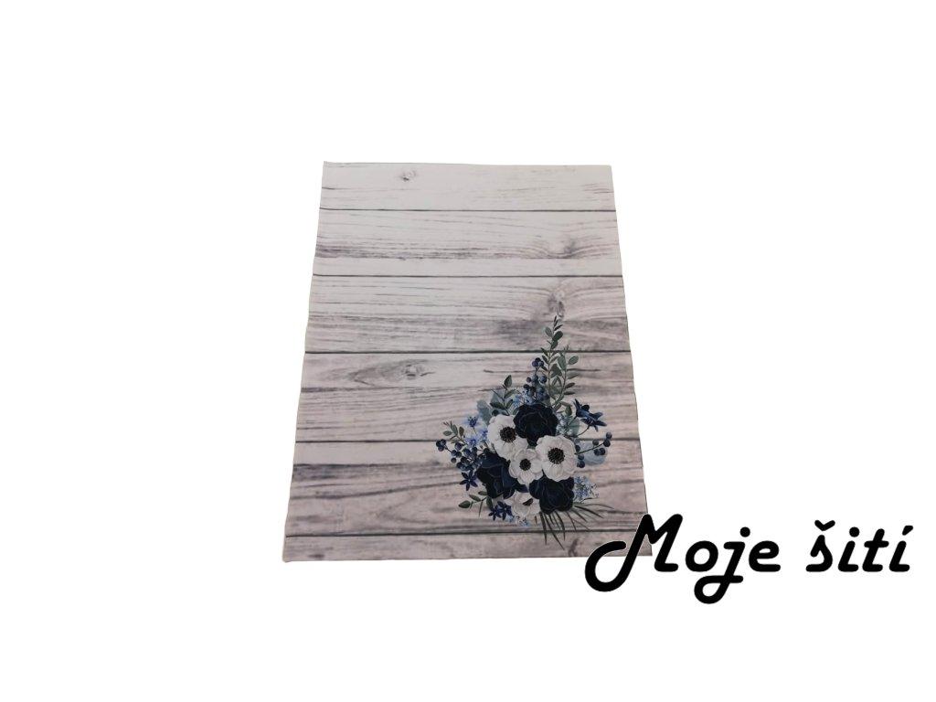 kocarkovina kvety na prknech
