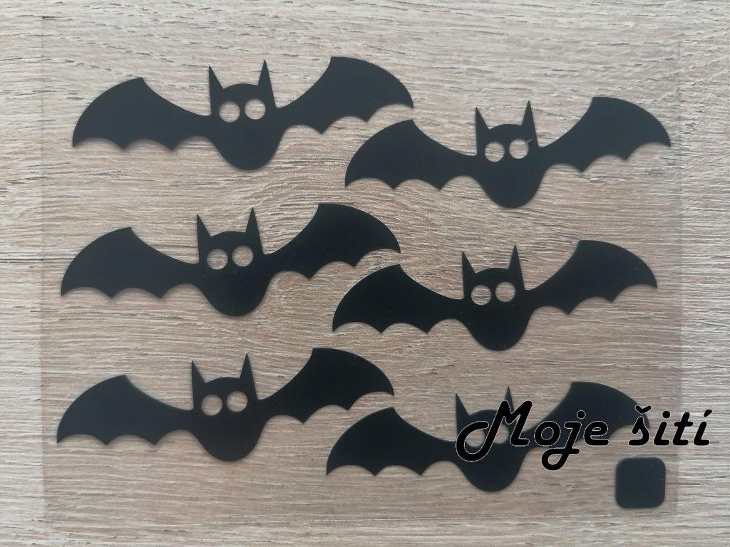 Černé nažehlovací obrázky netopýři