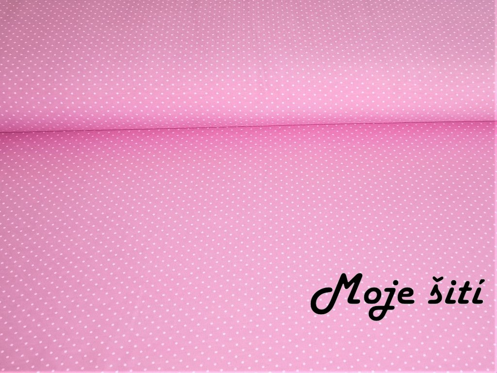 Bílé puntíčky na světle růžové