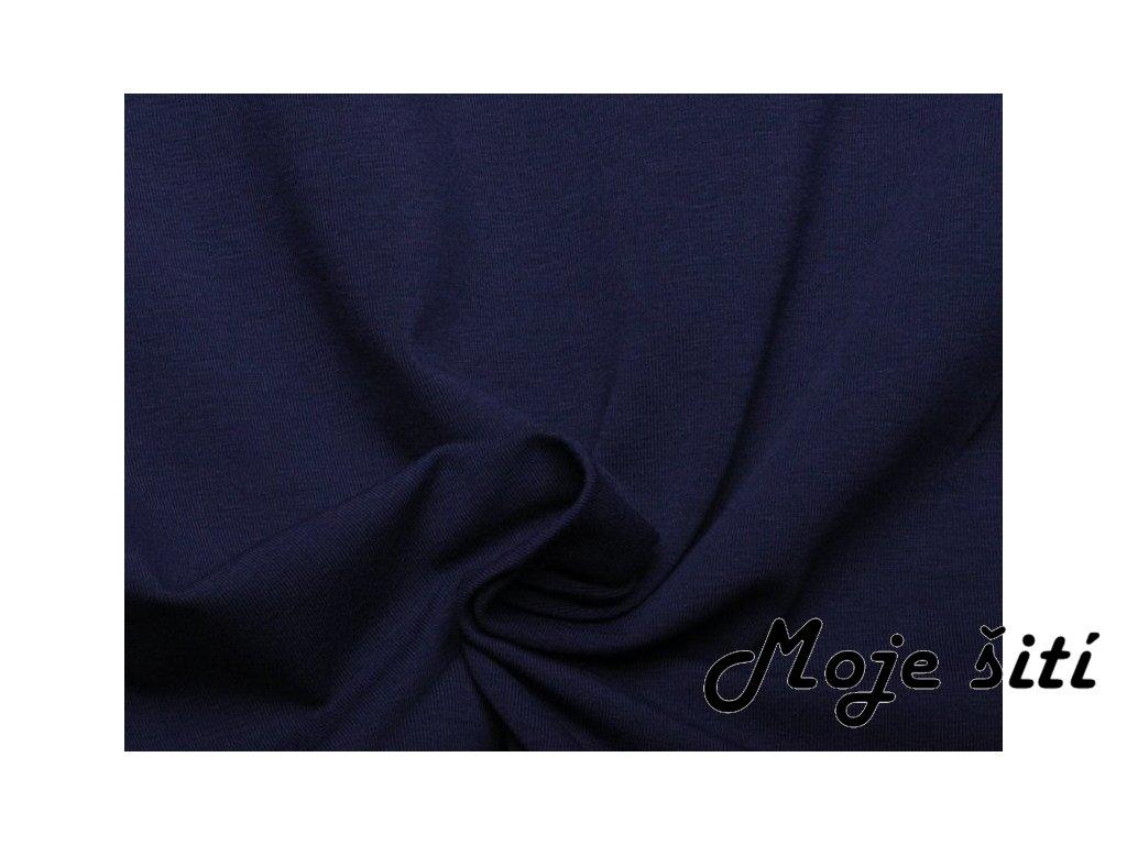 tmavě modrý úplet