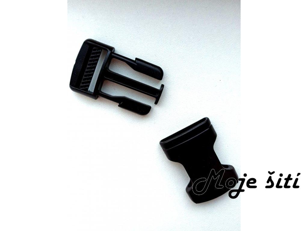 Plastová spona černá 15 mm