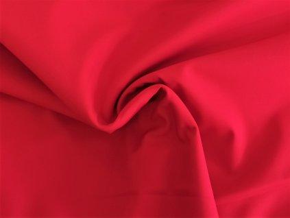 červený softshell