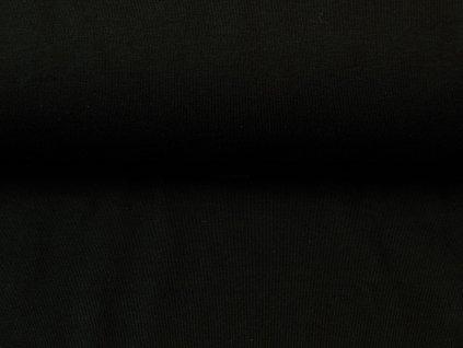 černý úplet