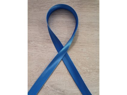 Šikmý proužek saténový 18mm Modrý