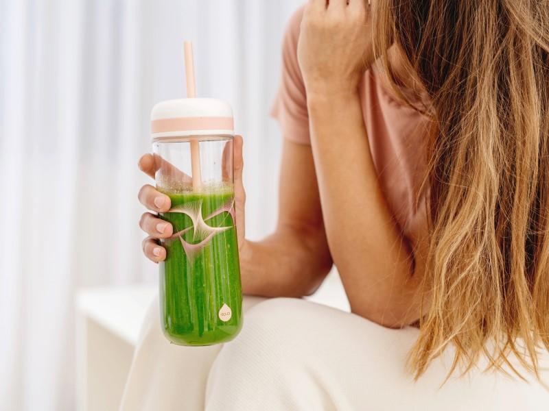 Recepty na ovocné limonády, smoothie a tipy pro vaši zdravou letní hydrataci