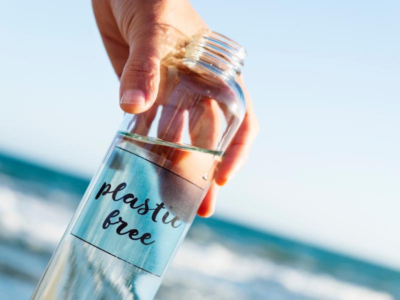 Dokážete se na jeden měsíc obejít bez plastů?