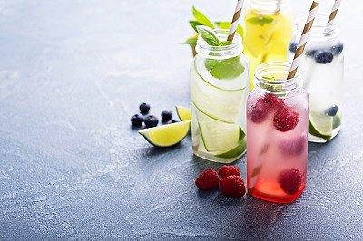 Osvěžte se skvělými letními nealko drinky
