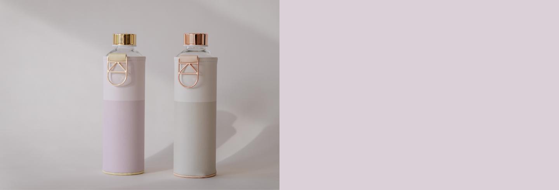 EQUA Mismatch LILA & SAGE skleněná ekologická lahev na pití bez BPA
