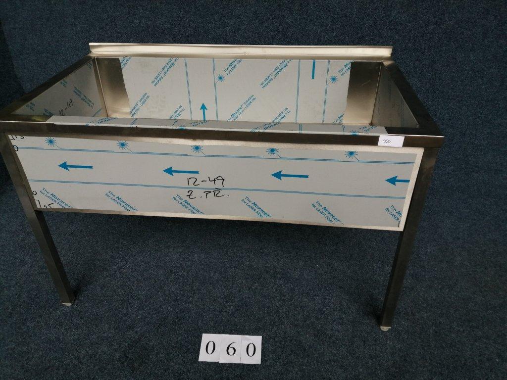 Mycí dřez velký, svařovaný, rozměr 1400x800x900mm, NOVÝ