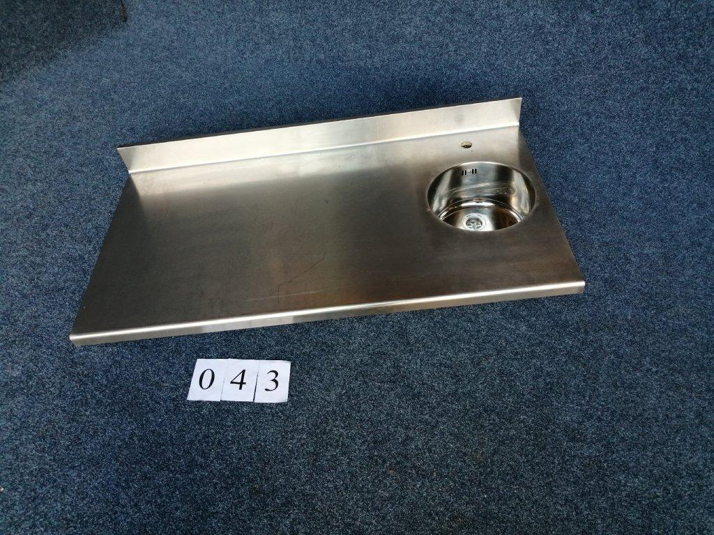 Pracovní deska s kruhovým dřezem, rozměr 1300x700x40mm, NOVÁ