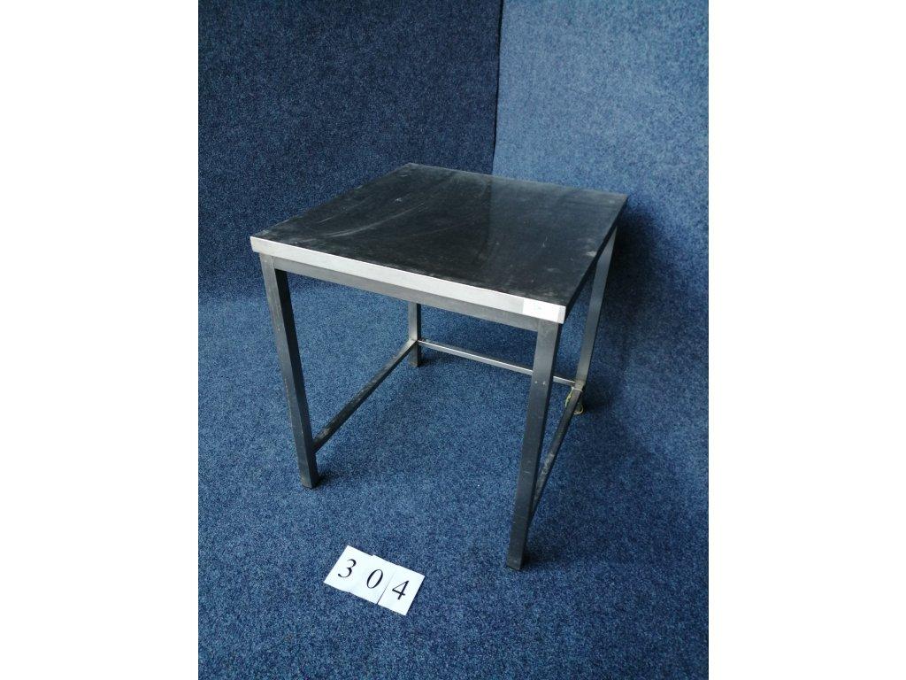 rezervace Pracovní stůl s trnoží, bez lemů 760x800x850mm