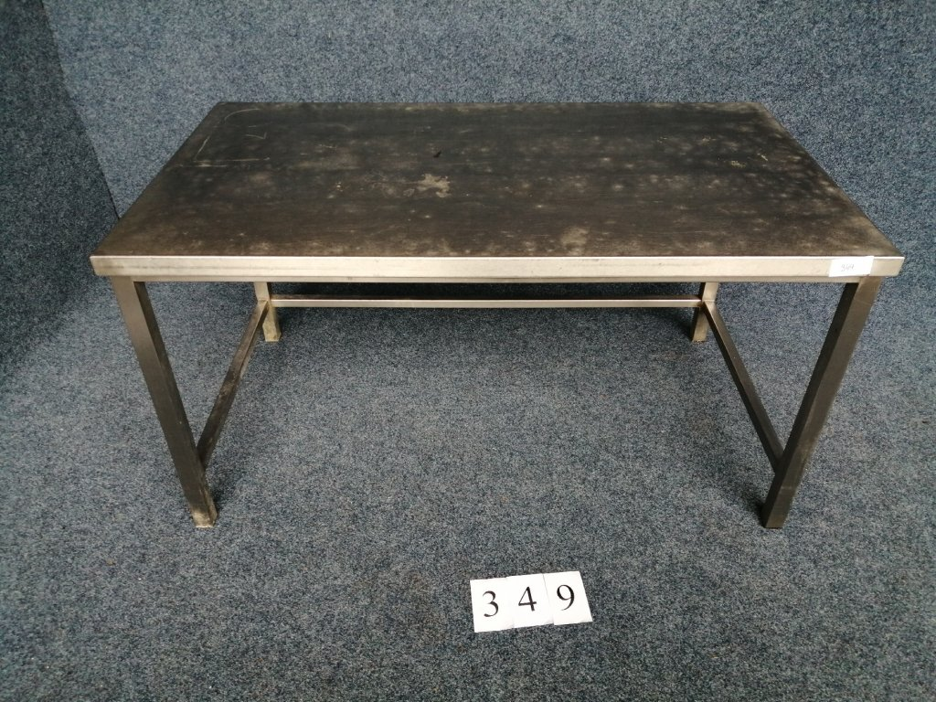Nerezový stůl s trnoží, 1400x800x740mm