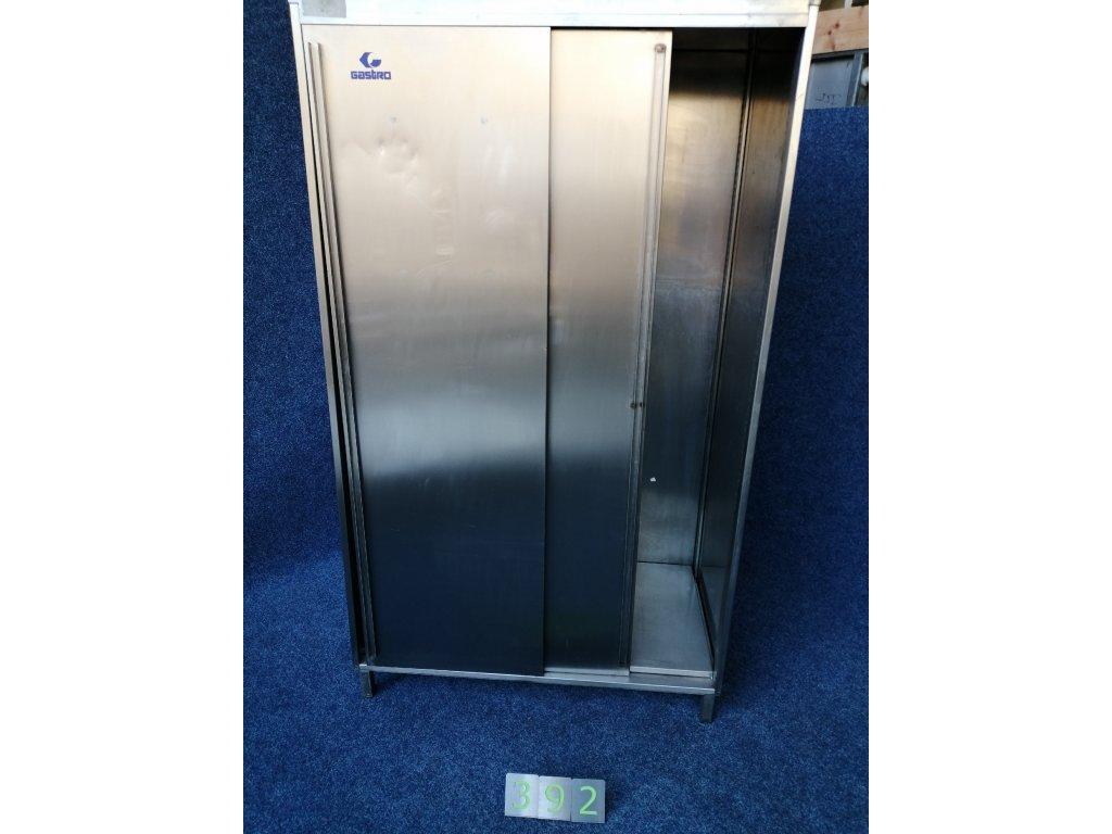 Nerezová skříň s posuvnými dveřmi 1040x620x1800mm
