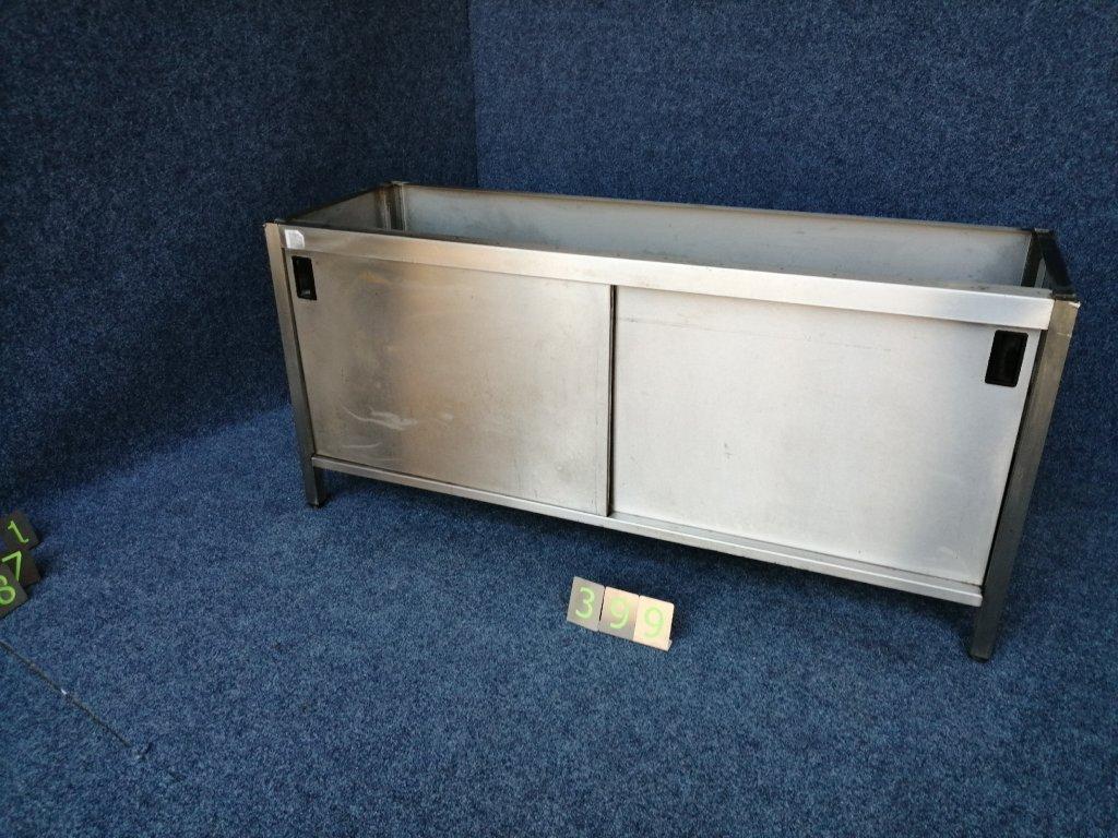 Uzavřený nerezový stůl bez desky, 2 police, posuvné dveře 1770x570x800mm